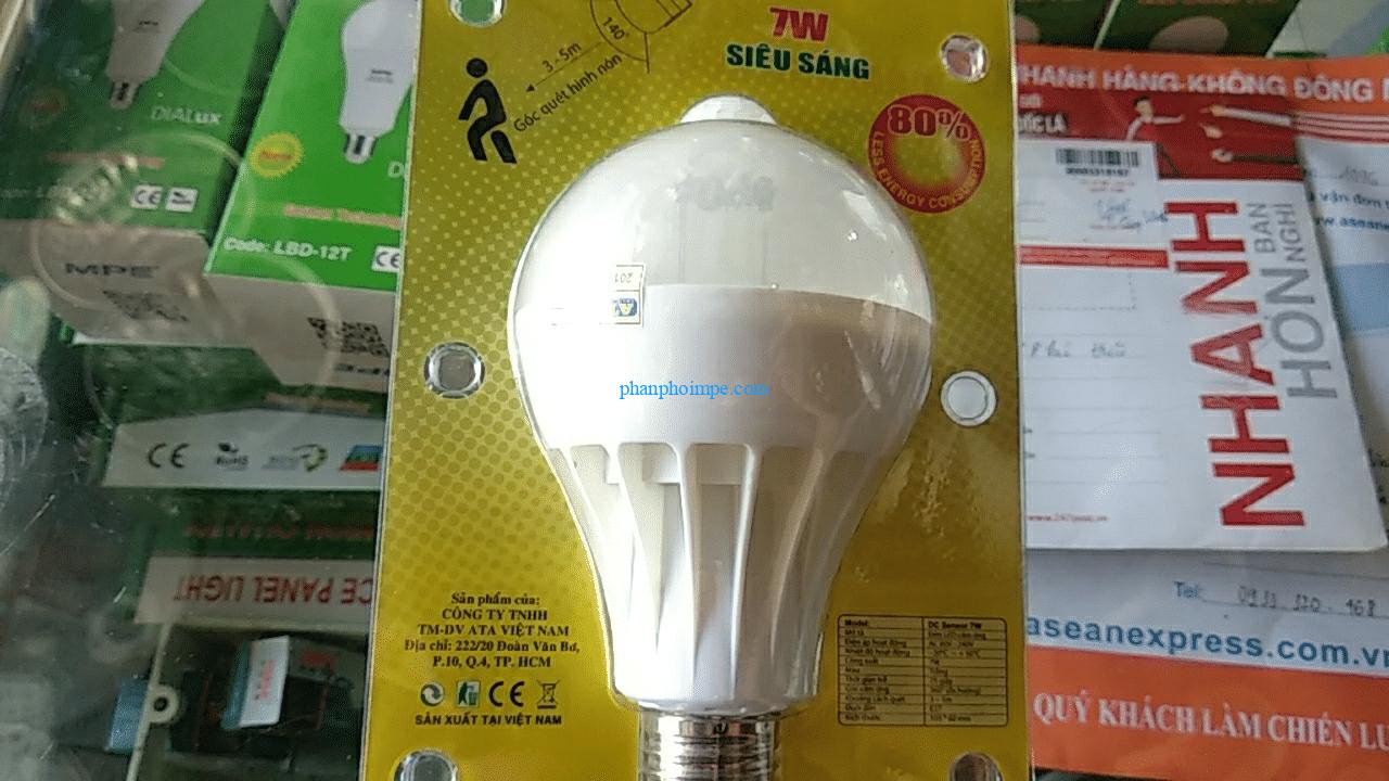 đèn led chiếu sáng cảm ứng (tự động sáng khi có người)